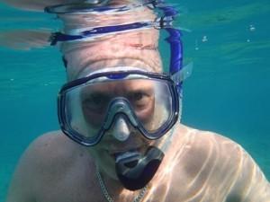 Scott swimming divis at Mangagliliu